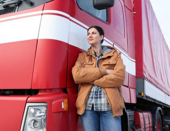 Mulher caminhoeira, a representatividade femina nas estradas brasileiras